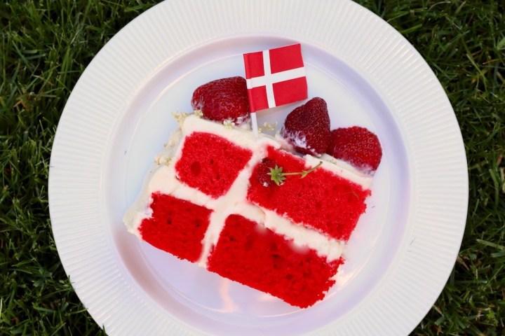Stykke af flagkage Bagvrk.dk