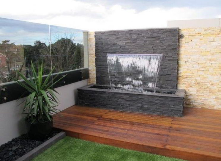 Little Fountain Wall Patio