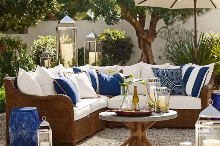 Cushion for deck furniture