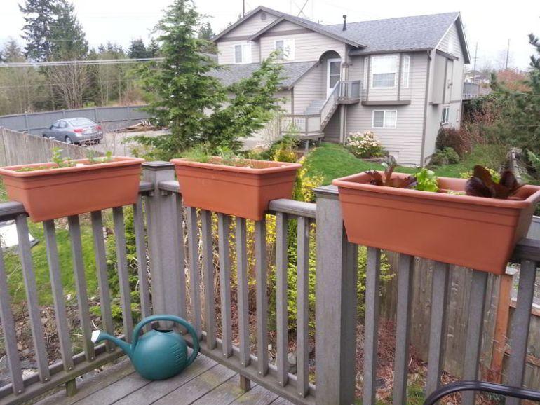 Planter for deck design