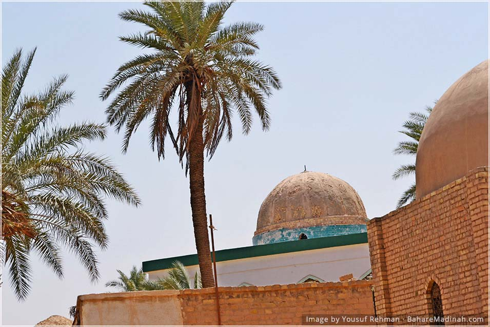 Outside the Mausoleum of Imam Junayd al Baghdadi & Shaykh Siri al Siqti · Baghdad, Iraq (2013)