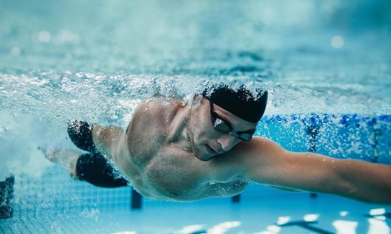 Olahraga Kardio Berenang