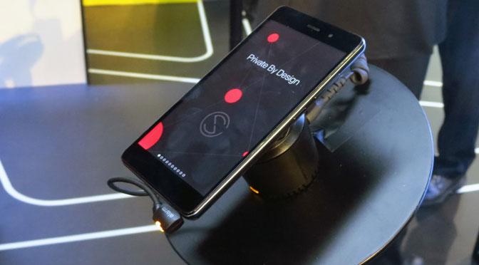 ¿Cómo es el teléfono móvil que presume de ser el más seguro del mundo?