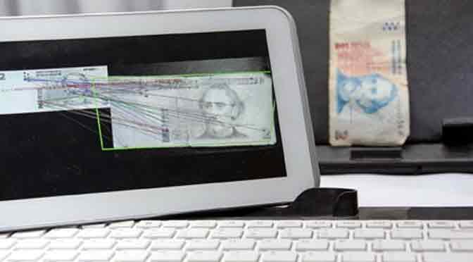 El INTI desarrolla un lector de billetes para personas con discapacidad visual