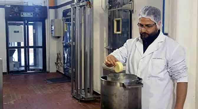 El INTI crea un envase ecológico que prolonga vida del queso artesanal