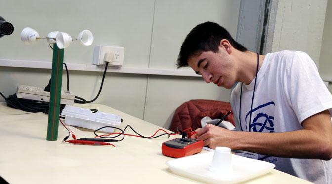 Un estudiante de Chubut ganó la olimpíada de tecnología del ITBA