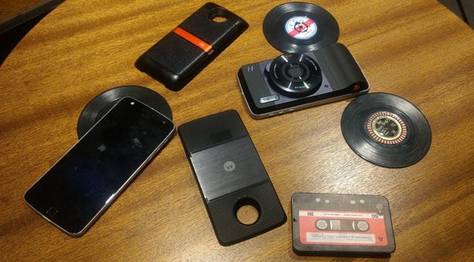 ¿Cómo son los módulos que convierten al Moto Z en un «súper teléfono»?