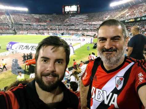 Con Federico Gallegos. Estadio Monumental, Buenos Aires, febrero.