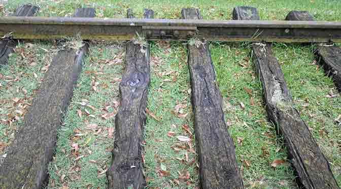 Rieles ferroviarios históricos en Chascomús