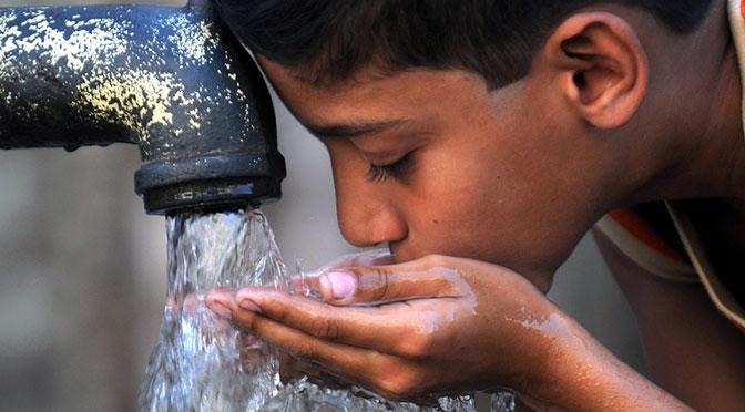 Agua que has de beber no será la del Reconquista