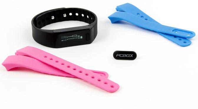 PCBox presenta una pulsera «inteligente» con un botón antipánico