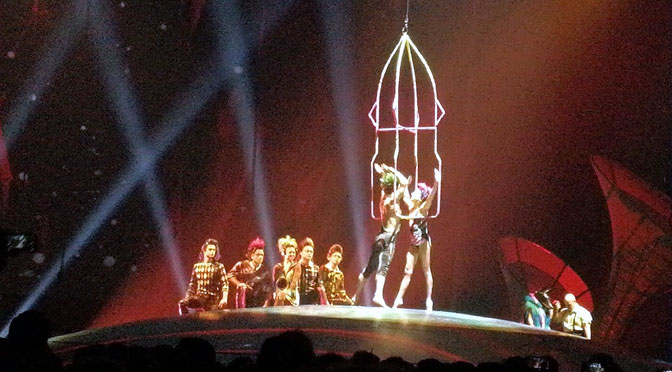 Prófugos, de Soda Stéreo, en Sép7imo Día del Cirque du Soleil