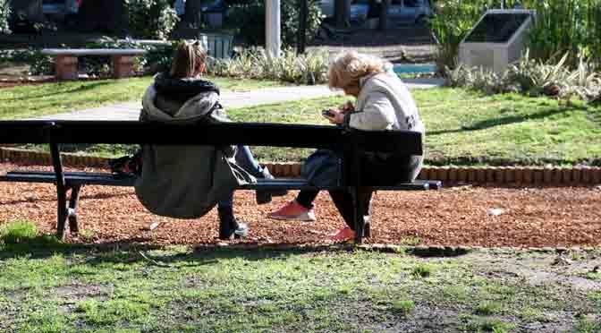 Personas en Buenos Aires desde una Sony A6500