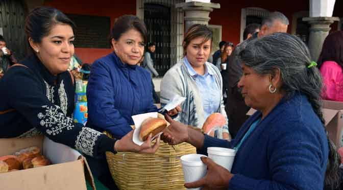 El trueque crece en ferias de Buenos Aires como un salvavidas ante la crisis