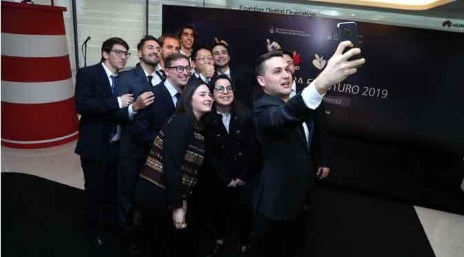 Estudiantes argentinos viajan a China por becas de Huawei para investigar sobre TIC