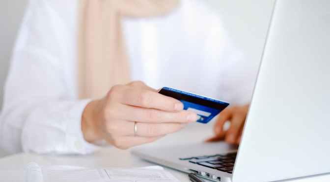 Tarjetas: transacciones con débito crecen pero cae uso de las de crédito