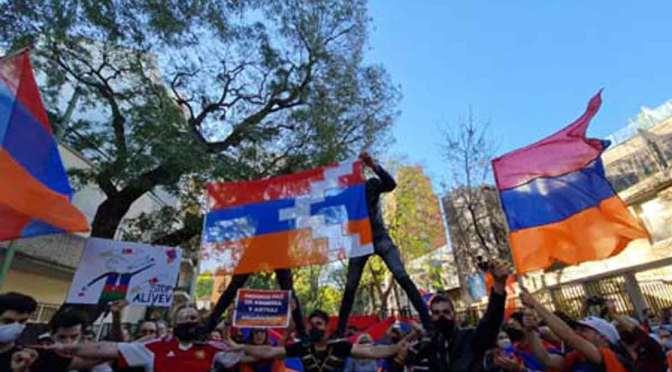 Un aporte personal en la marcha armenia por la paz en Artsaj