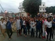 Fotos do protesto circulam em redes sociais.