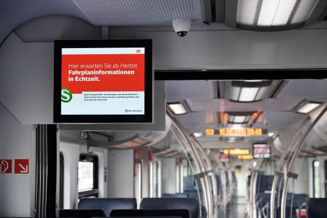 Echtzeitinfomationssystem in einem S-Bahn-Zug. (Foto: © DB AG)