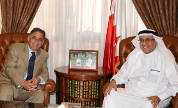 Bahraini-Palestinian media cooperation discussed