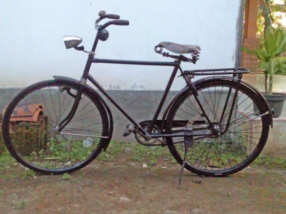 Sepeda gak JELAS :)