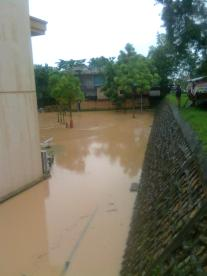 011 emang sungai atau jalan