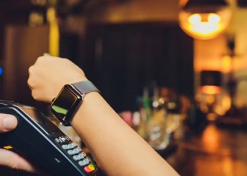 photo gallery now get contactless wearable payment in india sbi and axis bank started this service