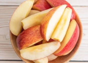 if-you-want-to-prevent-these-9-diseases-eat-only-1-apple-every-morning