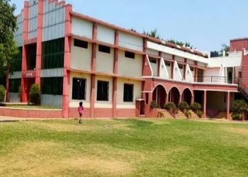 pune-covid-center-in-sanaswadi-awaits-patients-beds-and-other-materials-from-the-government-department-fell-into-the-dust