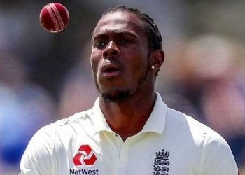 jofra-archer-bowls-a-banana-inswinger-during-second-eleven-championship-goes-viral