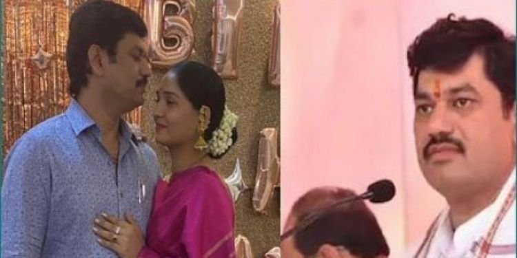 dhananjay-mundes-second-wife-karuna-munde-will-tell-secret-her-love-story-book