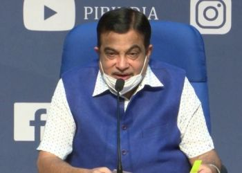 what-do-you-say-yes-nitin-gadkari-earns-rs-4-lakh-per-month-from-youtube-self-reported-earnings-figure