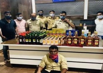 shirur-police-cracks-down-on-illegal-trade-four-lakh-88-thousand-534-rupees-confiscated