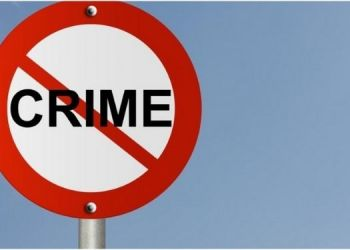 pune-two-persons-who-were-urinating-in-uruli-devachi-area-were-stabbed-by-three-persons-who-came-out-of-the-car