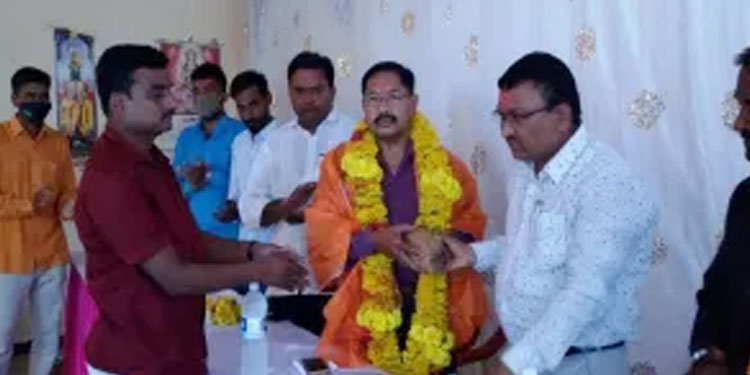 Ramesh Giri elected as Sub Inspector of Police Greetings on behalf of the community at Pathri