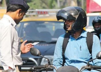 traffic-rules-alert-beware-car-and-motorcycle-drivers-morth-issued-warning-mobile-phone-use-while-driving