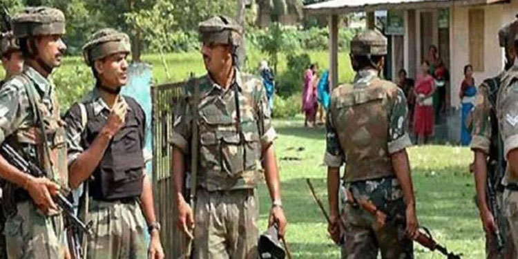 assam mizoram border conflict violent turn to assam mizoram border conflict six assam policemen were killed and sp vaibhav nimbalkar was injured in the firing