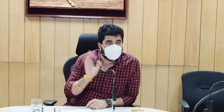 Pune Corporation Vaccination Campaign for UPSC Students Mayor Muralidhar Mohol