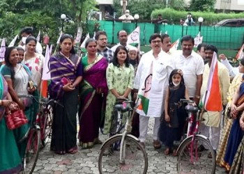 Pune News Distribution of bicycles to 250 needy students on the occasion of Ajit Pawar s birthday Nilesh Shinde s work is admirable Prashant Jagtap