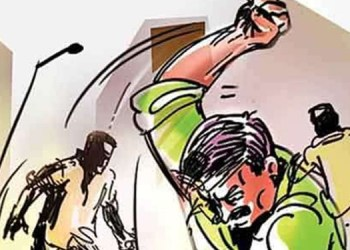 pune crime the two sisters in law who came to settle the quarrel were beaten