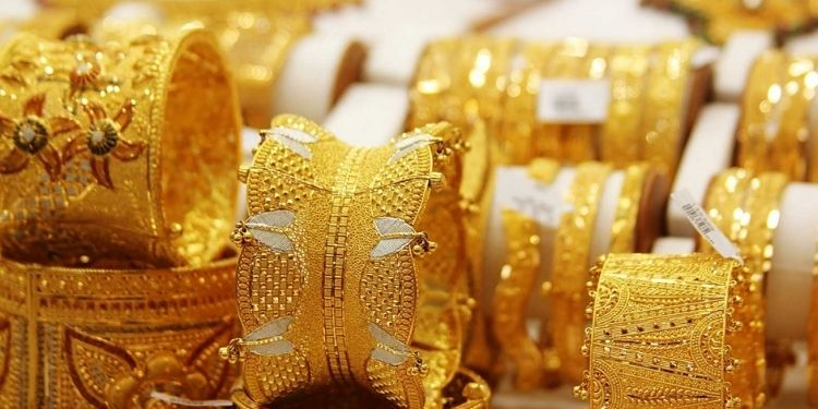 Gold Price Today | gold price today gold gains and silver drastically dipped check update prices.