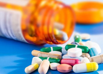Sangli Crime | miraj police raid on medical store who was selling intoxication pills without prescription
