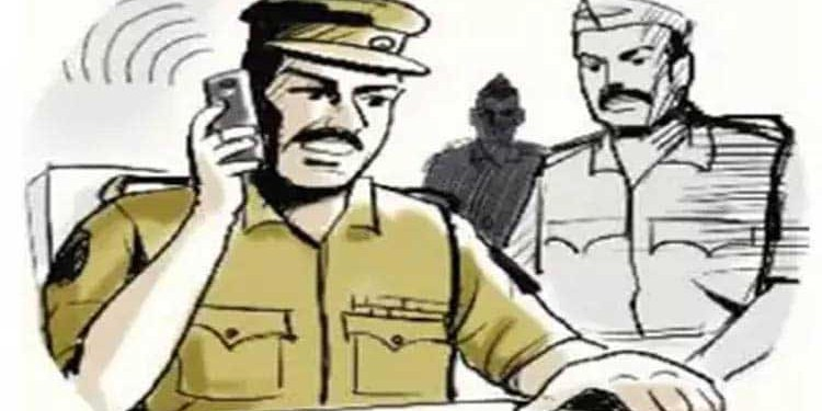 Pune Crime | watchman beaten up for pretending to be a crime branch policeman fir in sinhagad raod police station