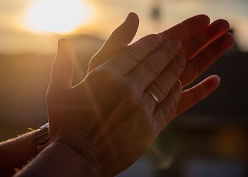 Benefits of Clapping | astounding benefits of clapping will make it a habit know how