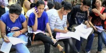 colleges reopens in maharashtra maharashtra colleges to reopen from today october 20 mask must for all 50 students