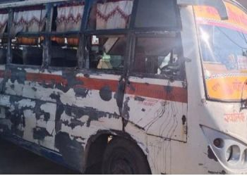 MP Accident News   7 killed, 13 injured in bus-container accident in bhind district of madhya pradesh.