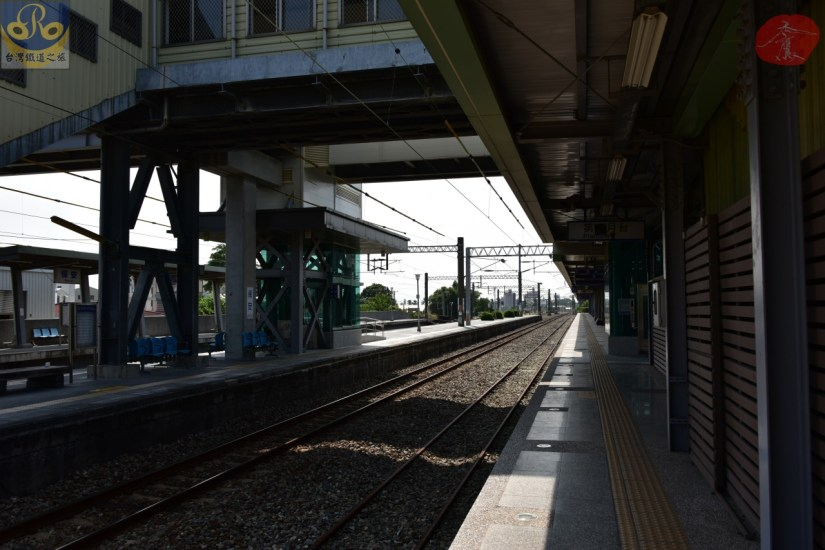 Baoan_6934_032_Station.JPG
