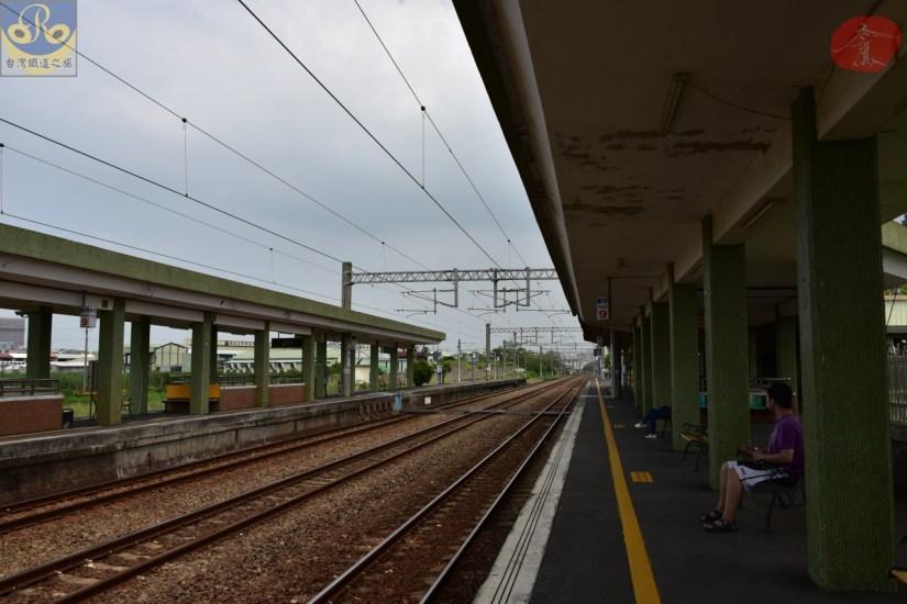 Xinshi_8330_015_Station.JPG