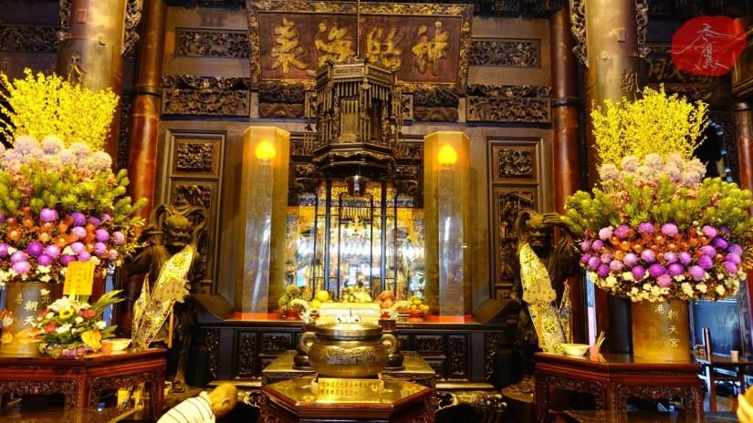 1556_8506_08_Temple.jpg