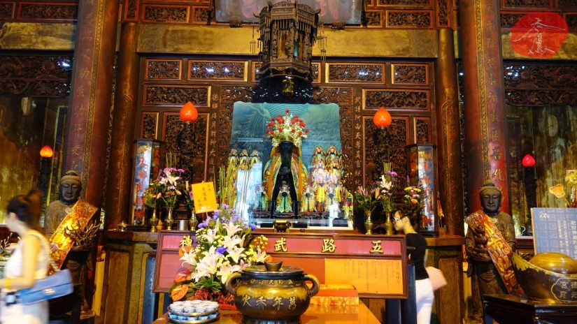 1589_8523_06_Temple.jpg